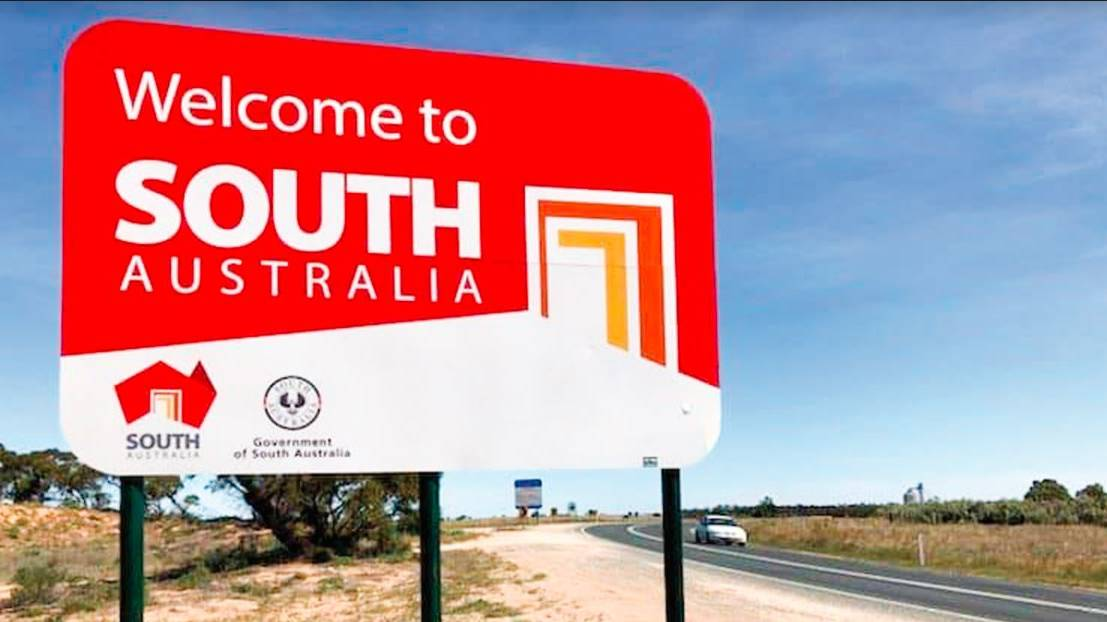 Open for NSW residents: South Australia's Sturt Highway border will be free to cross for those from north of the Murray River from Thursday. Picture: MURRAY PIONEER